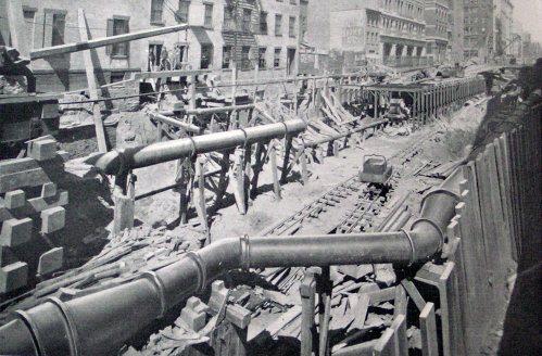 (55k, 499x328)<br><b>Country:</b> United States<br><b>City:</b> New York<br><b>System:</b> New York City Transit<br><b>Location:</b> Interborough Subway<br><b>Photo by:</b> IRT Company<br><b>Date:</b> 1904<br><b>Notes:</b> Large gas and water pipes, relaid behind each side wall on Elm Street<br><b>Viewed (this week/total):</b> 1 / 8841