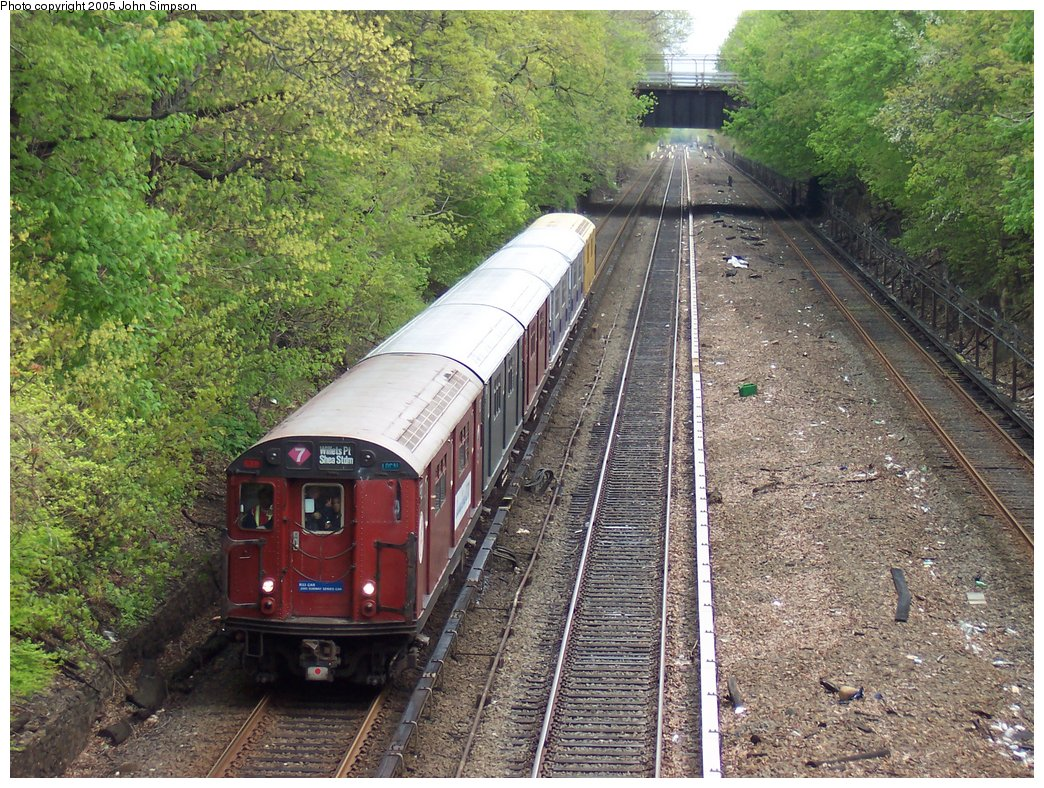 (290k, 1044x788)<br><b>Country:</b> United States<br><b>City:</b> New York<br><b>System:</b> New York City Transit<br><b>Line:</b> IRT Dyre Ave. Line<br><b>Location:</b> Gun Hill Road<br><b>Route:</b> Fan Trip<br><b>Car:</b> R-33 World's Fair (St. Louis, 1963-64) 9327 <br><b>Photo by:</b> John Simpson<br><b>Date:</b> 5/1/2005<br><b>Viewed (this week/total):</b> 1 / 6248