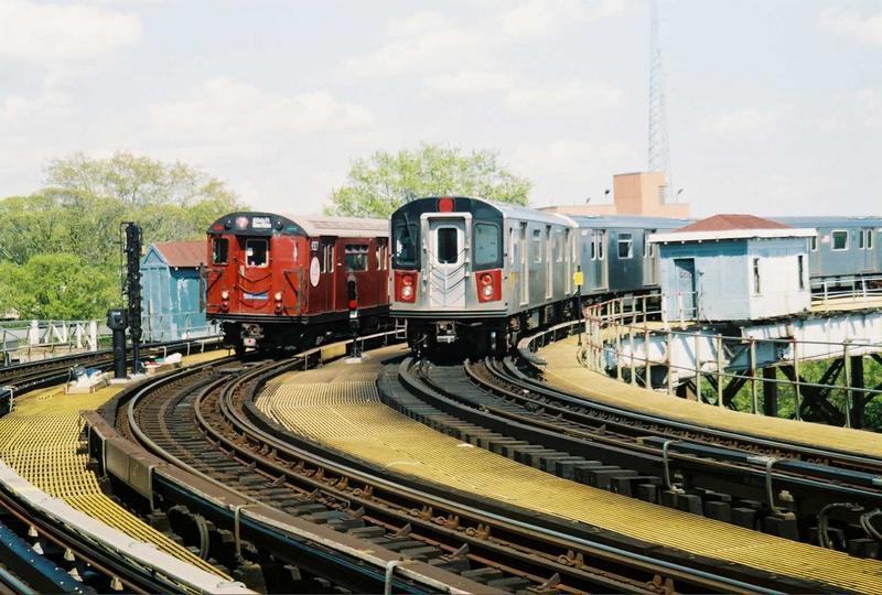 (85k, 800x540)<br><b>Country:</b> United States<br><b>City:</b> New York<br><b>System:</b> New York City Transit<br><b>Line:</b> IRT White Plains Road Line<br><b>Location:</b> West Farms Sq./East Tremont Ave./177th St.<br><b>Route:</b> Fan Trip<br><b>Car:</b> R-33 World's Fair (St. Louis, 1963-64) 9327 <br><b>Photo by:</b> Gary Chatterton<br><b>Date:</b> 5/1/2005<br><b>Notes:</b> With R142 6456.<br><b>Viewed (this week/total):</b> 0 / 3283