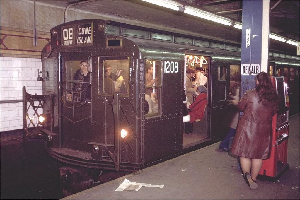 (223k, 1024x683)<br><b>Country:</b> United States<br><b>City:</b> New York<br><b>System:</b> New York City Transit<br><b>Line:</b> BMT 4th Avenue Line<br><b>Location:</b> DeKalb Avenue<br><b>Route:</b> QB<br><b>Car:</b> R-6-2 (Pullman, 1936) 1208 <br><b>Photo by:</b> Doug Grotjahn<br><b>Collection of:</b> Joe Testagrose<br><b>Date:</b> 12/2/1971<br><b>Viewed (this week/total):</b> 13 / 9256