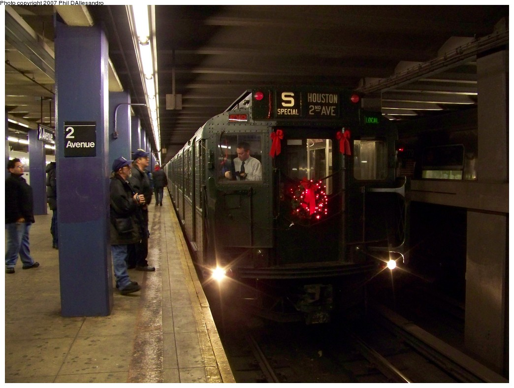 (186k, 1044x788)<br><b>Country:</b> United States<br><b>City:</b> New York<br><b>System:</b> New York City Transit<br><b>Line:</b> IND 6th Avenue Line<br><b>Location:</b> 2nd Avenue<br><b>Route:</b> Museum Train Service (V)<br><b>Car:</b> R-9 (Pressed Steel, 1940) 1802 <br><b>Photo by:</b> Philip D'Allesandro<br><b>Date:</b> 12/2/2007<br><b>Notes:</b> Train in regular service for the holidays- not technically a fan trip.<br><b>Viewed (this week/total):</b> 1 / 2877