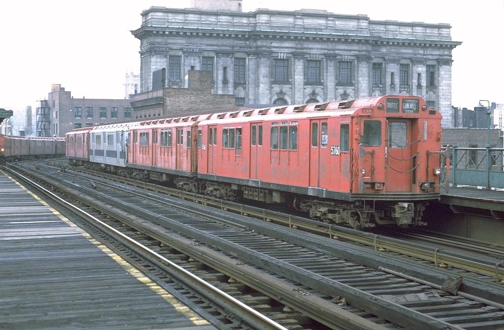 (208k, 1024x671)<br><b>Country:</b> United States<br><b>City:</b> New York<br><b>System:</b> New York City Transit<br><b>Line:</b> 3rd Avenue El<br><b>Location:</b> 161st Street<br><b>Route:</b> 8<br><b>Car:</b> R-12 (American Car & Foundry, 1948) 5760 <br><b>Photo by:</b> Joe Testagrose<br><b>Date:</b> 9/21/1971<br><b>Viewed (this week/total):</b> 0 / 6158
