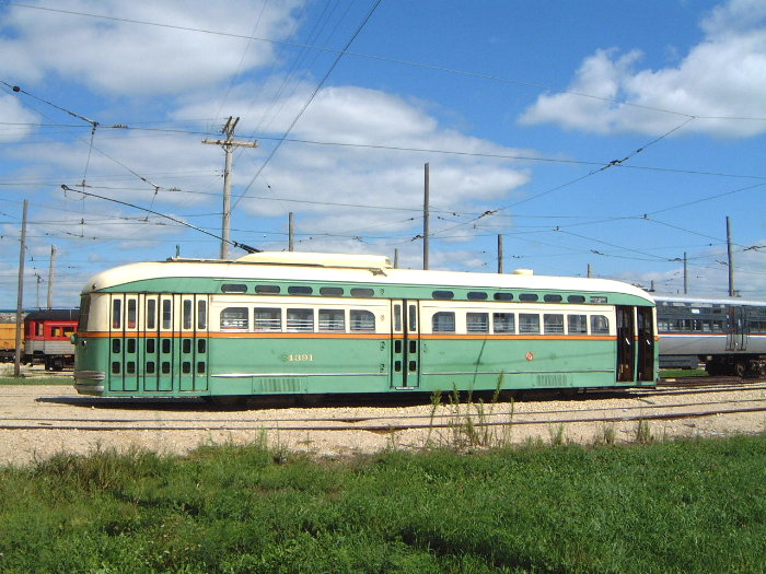 (112k, 700x525)<br><b>Country:</b> United States<br><b>City:</b> Union, IL<br><b>System:</b> Illinois Railway Museum<br><b>Car:</b> PCC 4391 <br><b>Photo by:</b> Bob Vogel<br><b>Date:</b> 9/1/2001<br><b>Viewed (this week/total):</b> 0 / 14083
