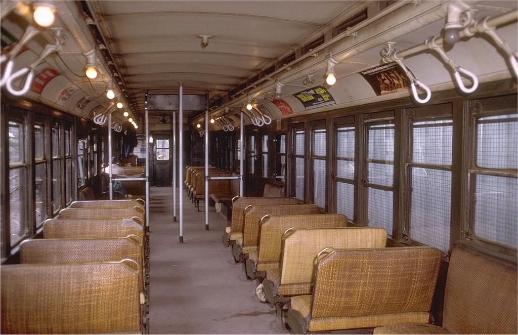 (216k, 1024x662)<br><b>Country:</b> United States<br><b>City:</b> New York<br><b>System:</b> New York City Transit<br><b>Line:</b> SIRT<br><b>Car:</b> SIRT ME-1 (Motor conv. from trailer) 393 <br><b>Collection of:</b> Joe Testagrose<br><b>Date:</b> 4/28/1973<br><b>Viewed (this week/total):</b> 0 / 6305