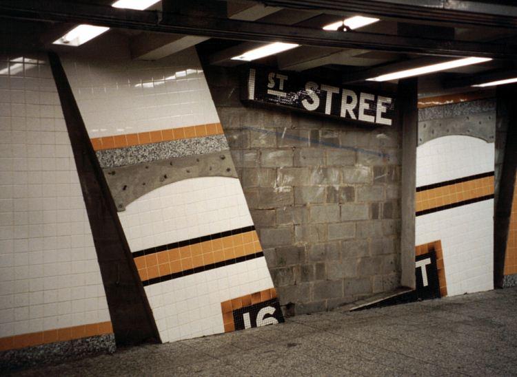 (61k, 750x548)<br><b>Country:</b> United States<br><b>City:</b> New York<br><b>System:</b> New York City Transit<br><b>Line:</b> IND Concourse Line<br><b>Location:</b> 161st Street-River Avenue (Yankee Stadium)<br><b>Photo by:</b> David of Broadway<br><b>Date:</b> 1/13/2002<br><b>Artwork:</b> <i>Wall-Slide/Room of Tranquility</i>, Acconci/Brandt, 2002<br><b>Viewed (this week/total):</b> 4 / 8047