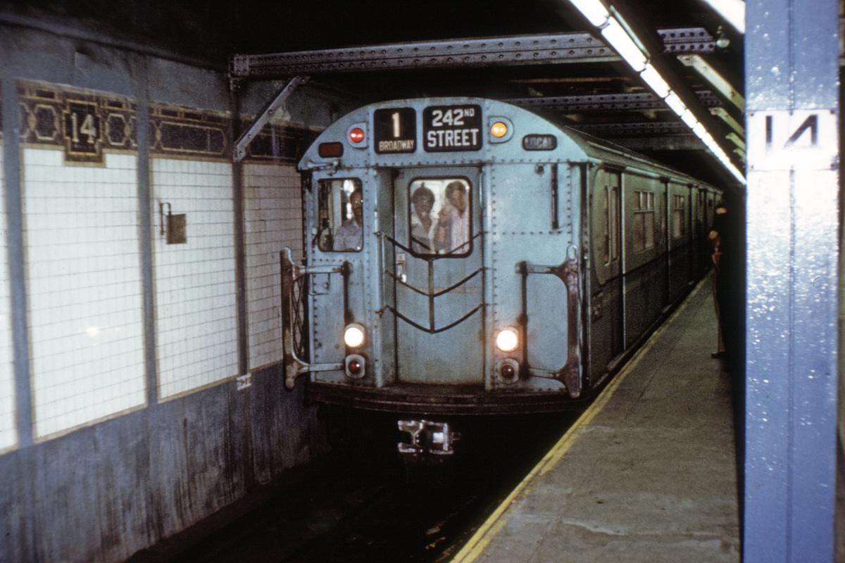 (405k, 1200x800)<br><b>Country:</b> United States<br><b>City:</b> New York<br><b>System:</b> New York City Transit<br><b>Line:</b> IRT West Side Line<br><b>Location:</b> 14th Street<br><b>Route:</b> 1<br><b>Car:</b> R-36 World's Fair (St. Louis, 1963-64) 9517 <br><b>Collection of:</b> David Pirmann<br><b>Viewed (this week/total):</b> 1 / 5957