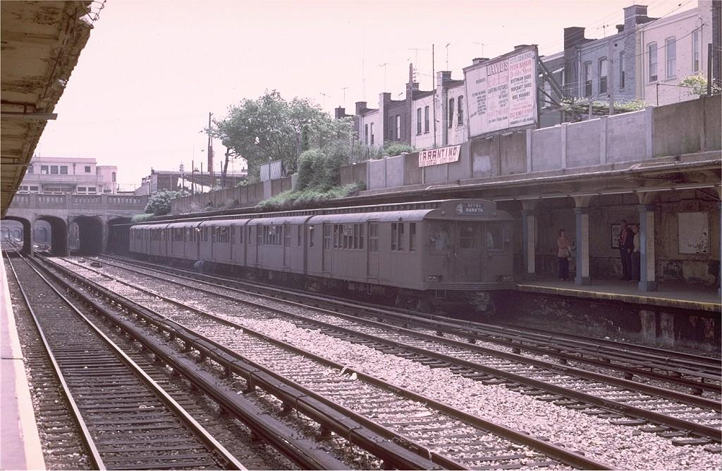 (244k, 1024x668)<br><b>Country:</b> United States<br><b>City:</b> New York<br><b>System:</b> New York City Transit<br><b>Line:</b> BMT Sea Beach Line<br><b>Location:</b> Kings Highway<br><b>Route:</b> Fan Trip<br><b>Car:</b> BMT D-Type Triplex 6095 <br><b>Photo by:</b> Joe Testagrose<br><b>Date:</b> 5/18/1975<br><b>Viewed (this week/total):</b> 0 / 4189