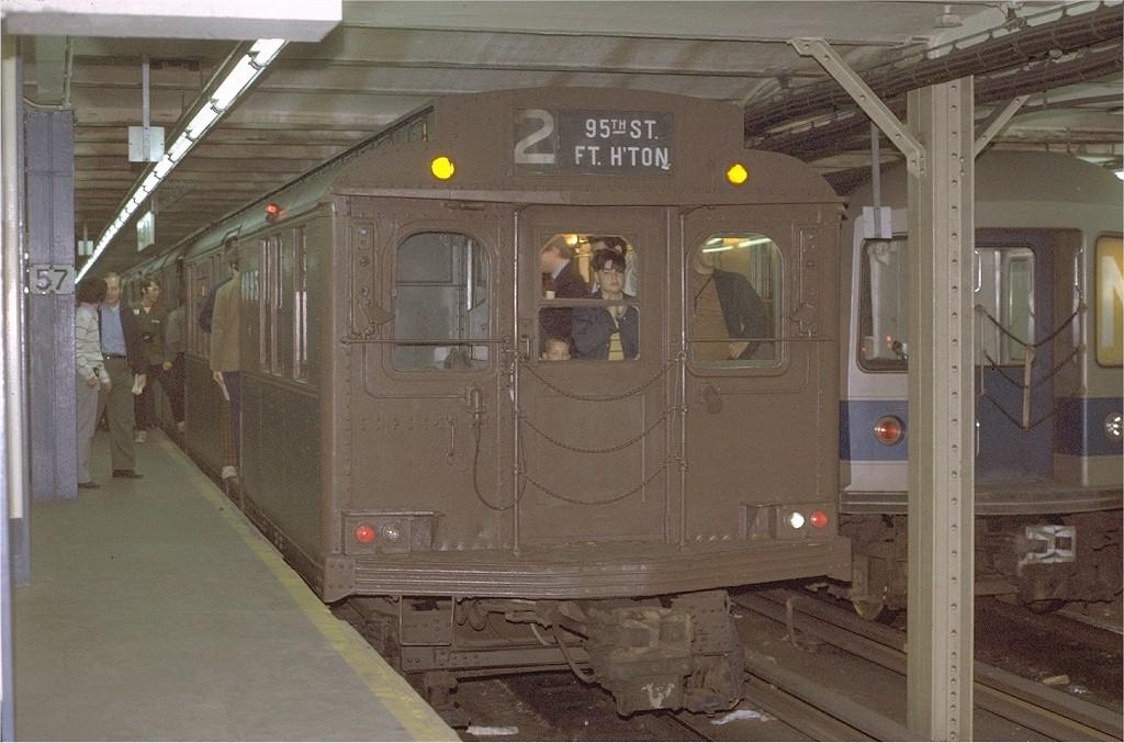 (182k, 1024x677)<br><b>Country:</b> United States<br><b>City:</b> New York<br><b>System:</b> New York City Transit<br><b>Line:</b> BMT Broadway Line<br><b>Location:</b> 57th Street<br><b>Route:</b> Fan Trip<br><b>Car:</b> BMT D-Type Triplex 6095 <br><b>Photo by:</b> Joe Testagrose<br><b>Date:</b> 5/27/1972<br><b>Viewed (this week/total):</b> 1 / 4763