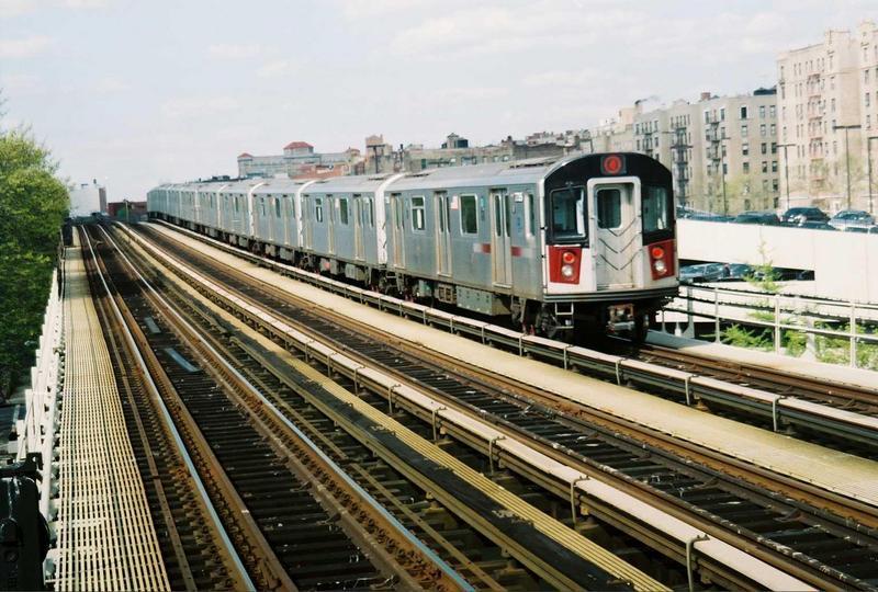 (92k, 800x540)<br><b>Country:</b> United States<br><b>City:</b> New York<br><b>System:</b> New York City Transit<br><b>Line:</b> IRT Woodlawn Line<br><b>Location:</b> 161st Street-River Avenue (Yankee Stadium)<br><b>Car:</b> R-142A (Supplemental Order, Kawasaki, 2003-2004) 7735 <br><b>Photo by:</b> Gary Chatterton<br><b>Date:</b> 5/1/2005<br><b>Viewed (this week/total):</b> 0 / 3541