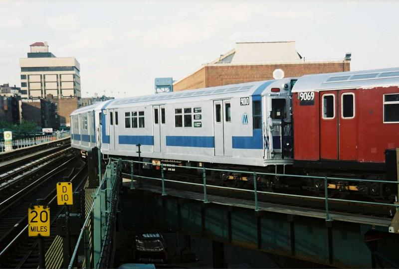 (59k, 800x540)<br><b>Country:</b> United States<br><b>City:</b> New York<br><b>System:</b> New York City Transit<br><b>Location:</b> 207th Street Yard<br><b>Route:</b> Fan Trip<br><b>Car:</b> R-33 Main Line (St. Louis, 1962-63) 9010 <br><b>Photo by:</b> Gary Chatterton<br><b>Date:</b> 5/1/2005<br><b>Viewed (this week/total):</b> 1 / 2868