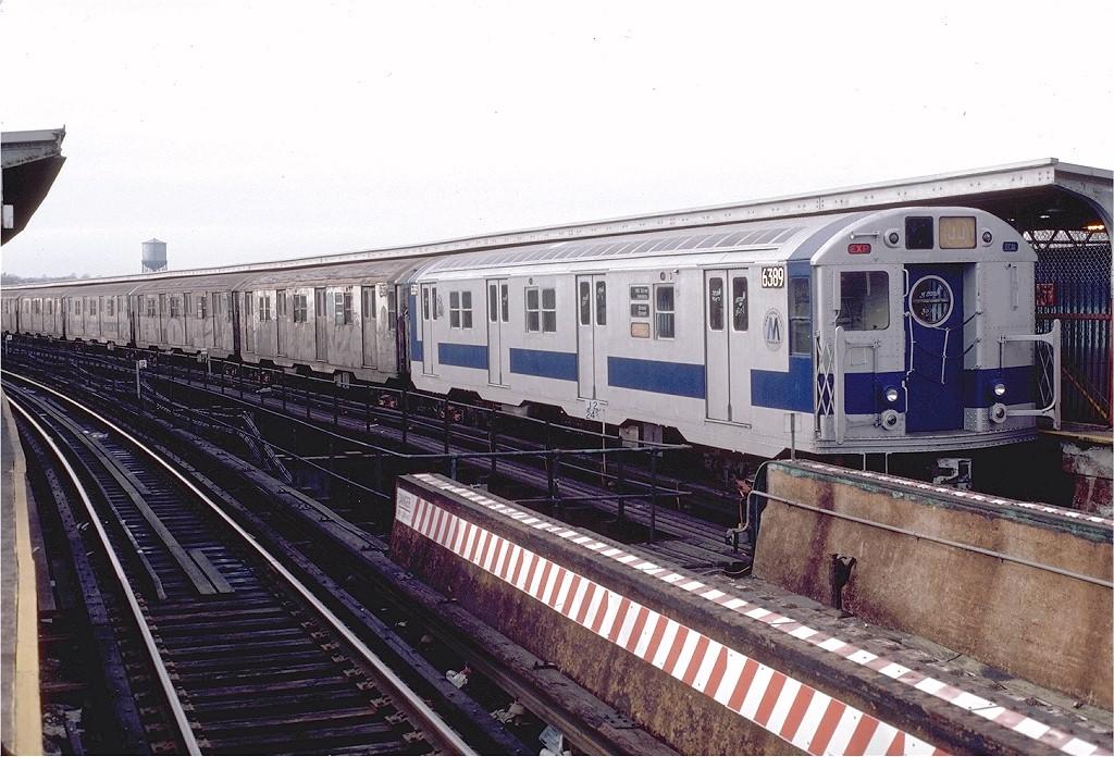 (222k, 1024x696)<br><b>Country:</b> United States<br><b>City:</b> New York<br><b>System:</b> New York City Transit<br><b>Line:</b> BMT Nassau Street-Jamaica Line<br><b>Location:</b> Queens Boulevard (Demolished)<br><b>Route:</b> J<br><b>Car:</b> R-16 (American Car & Foundry, 1955) 6389 <br><b>Photo by:</b> Doug Grotjahn<br><b>Collection of:</b> Joe Testagrose<br><b>Date:</b> 1/30/1983<br><b>Viewed (this week/total):</b> 4 / 9020