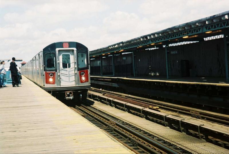 (66k, 800x540)<br><b>Country:</b> United States<br><b>City:</b> New York<br><b>System:</b> New York City Transit<br><b>Line:</b> IRT White Plains Road Line<br><b>Location:</b> 238th Street (Nereid Avenue)<br><b>Route:</b> 2<br><b>Car:</b> R-142 (Primary Order, Bombardier, 1999-2002) 6301 <br><b>Photo by:</b> Gary Chatterton<br><b>Date:</b> 5/1/2005<br><b>Viewed (this week/total):</b> 1 / 5777