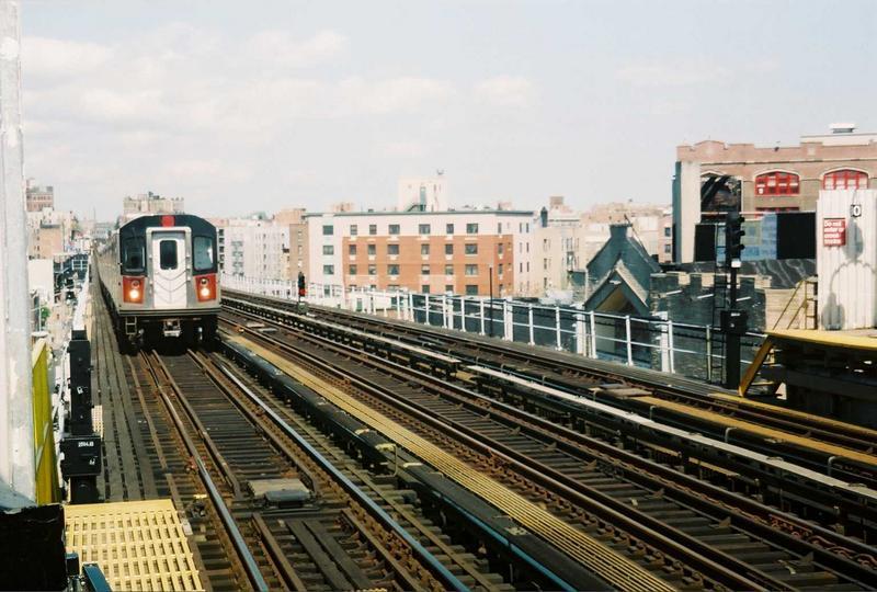 (80k, 800x540)<br><b>Country:</b> United States<br><b>City:</b> New York<br><b>System:</b> New York City Transit<br><b>Line:</b> IRT White Plains Road Line<br><b>Location:</b> Prospect Avenue<br><b>Route:</b> 2<br><b>Car:</b> R-142 (Primary Order, Bombardier, 1999-2002) 6435 <br><b>Photo by:</b> Gary Chatterton<br><b>Date:</b> 5/1/2005<br><b>Viewed (this week/total):</b> 3 / 5112