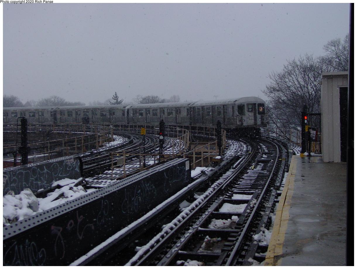 (417k, 1220x920)<br><b>Country:</b> United States<br><b>City:</b> New York<br><b>System:</b> New York City Transit<br><b>Line:</b> BMT Nassau Street-Jamaica Line<br><b>Location:</b> Cypress Hills<br><b>Route:</b> J<br><b>Car:</b> R-40M (St. Louis, 1969)  <br><b>Photo by:</b> Richard Panse<br><b>Date:</b> 2/10/2003<br><b>Viewed (this week/total):</b> 6 / 5513