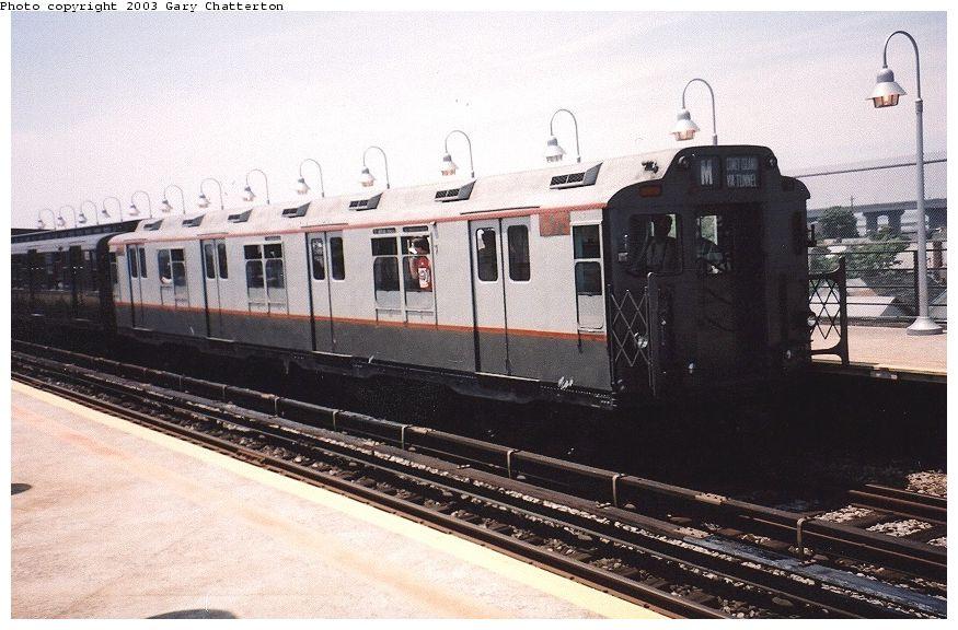 (98k, 875x576)<br><b>Country:</b> United States<br><b>City:</b> New York<br><b>System:</b> New York City Transit<br><b>Line:</b> IND Rockaway Line<br><b>Location:</b> Beach 90th Street/Holland<br><b>Route:</b> Fan Trip<br><b>Car:</b> R-7A (Pullman, 1938) 1575 <br><b>Photo by:</b> Gary Chatterton<br><b>Date:</b> 6/28/2003<br><b>Viewed (this week/total):</b> 3 / 3586