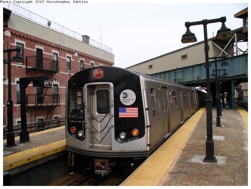 (87k, 820x619)<br><b>Country:</b> United States<br><b>City:</b> New York<br><b>System:</b> New York City Transit<br><b>Line:</b> BMT Nassau Street-Jamaica Line<br><b>Location:</b> Myrtle Avenue<br><b>Route:</b> M<br><b>Car:</b> R-143 (Kawasaki, 2001-2002)  <br><b>Photo by:</b> Christopher Sattler<br><b>Date:</b> 6/28/2003<br><b>Viewed (this week/total):</b> 7 / 12029