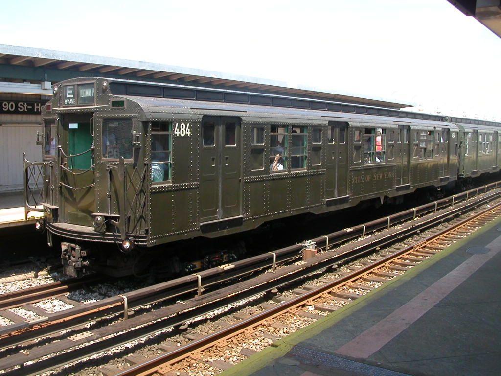 (174k, 1024x768)<br><b>Country:</b> United States<br><b>City:</b> New York<br><b>System:</b> New York City Transit<br><b>Line:</b> IND Rockaway Line<br><b>Location:</b> Beach 90th Street/Holland<br><b>Route:</b> Fan Trip<br><b>Car:</b> R-4 (American Car & Foundry, 1932-1933) 484 <br><b>Photo by:</b> Frank Hicks<br><b>Date:</b> 6/28/2003<br><b>Viewed (this week/total):</b> 3 / 6769