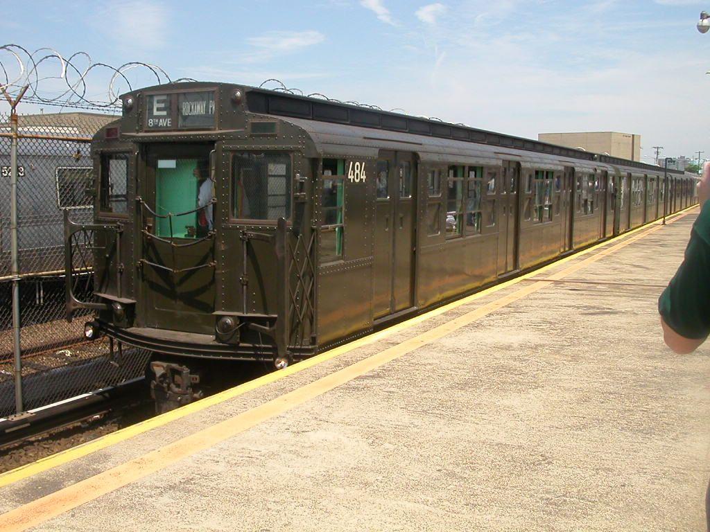 (183k, 1024x768)<br><b>Country:</b> United States<br><b>City:</b> New York<br><b>System:</b> New York City Transit<br><b>Line:</b> IND Rockaway Line<br><b>Location:</b> Rockaway Park/Beach 116th Street<br><b>Route:</b> Fan Trip<br><b>Car:</b> R-4 (American Car & Foundry, 1932-1933) 484 <br><b>Photo by:</b> Frank Hicks<br><b>Date:</b> 6/28/2003<br><b>Viewed (this week/total):</b> 5 / 3450