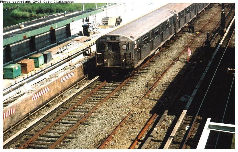 (135k, 830x531)<br><b>Country:</b> United States<br><b>City:</b> New York<br><b>System:</b> New York City Transit<br><b>Line:</b> IND Rockaway Line<br><b>Location:</b> Howard Beach/JFK Airport<br><b>Route:</b> A<br><b>Car:</b> R-38 (St. Louis, 1966-1967) 3986 <br><b>Photo by:</b> Gary Chatterton<br><b>Date:</b> 6/28/2003<br><b>Viewed (this week/total):</b> 6 / 5890