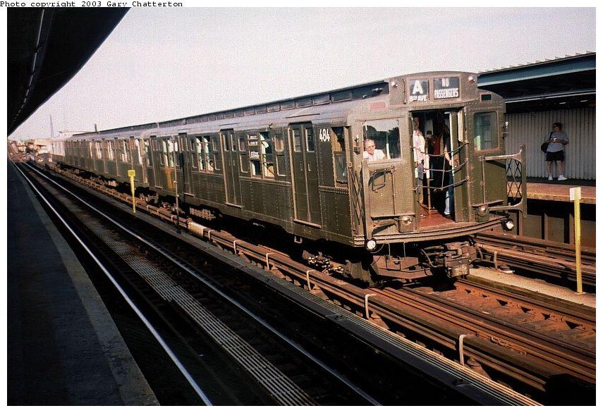 (112k, 855x586)<br><b>Country:</b> United States<br><b>City:</b> New York<br><b>System:</b> New York City Transit<br><b>Line:</b> IND Fulton Street Line<br><b>Location:</b> Rockaway Boulevard<br><b>Route:</b> Fan Trip<br><b>Car:</b> R-4 (American Car & Foundry, 1932-1933) 484 <br><b>Photo by:</b> Gary Chatterton<br><b>Date:</b> 6/28/2003<br><b>Viewed (this week/total):</b> 3 / 4043