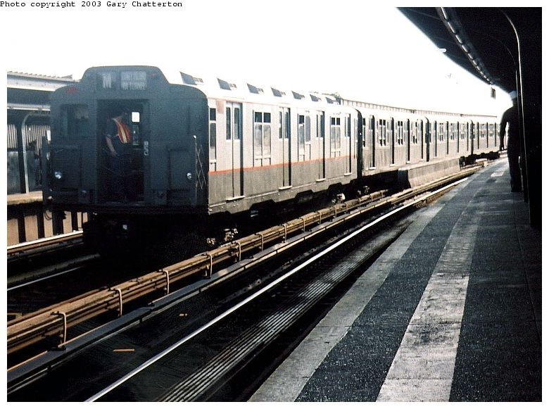 (98k, 780x581)<br><b>Country:</b> United States<br><b>City:</b> New York<br><b>System:</b> New York City Transit<br><b>Line:</b> IND Fulton Street Line<br><b>Location:</b> Rockaway Boulevard<br><b>Route:</b> Fan Trip<br><b>Car:</b> R-7A (Pullman, 1938) 1575 <br><b>Photo by:</b> Gary Chatterton<br><b>Date:</b> 6/28/2003<br><b>Viewed (this week/total):</b> 2 / 3399