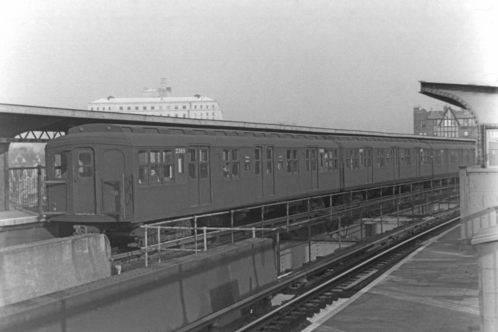 (183k, 1024x683)<br><b>Country:</b> United States<br><b>City:</b> New York<br><b>System:</b> New York City Transit<br><b>Line:</b> BMT Nassau Street-Jamaica Line<br><b>Location:</b> Queens Boulevard (Demolished)<br><b>Car:</b> BMT A/B-Type Standard 2368 <br><b>Collection of:</b> David Pirmann<br><b>Viewed (this week/total):</b> 4 / 5329