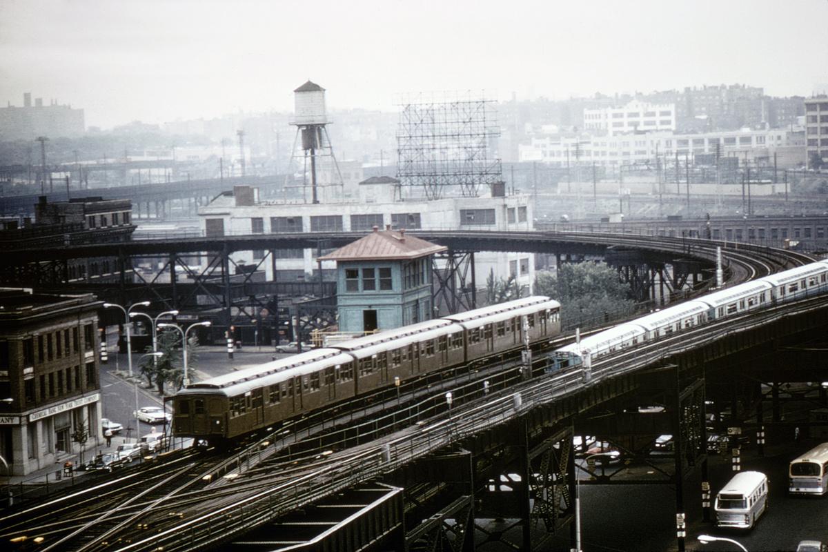 (463k, 1200x800)<br><b>Country:</b> United States<br><b>City:</b> New York<br><b>System:</b> New York City Transit<br><b>Line:</b> BMT Astoria Line<br><b>Location:</b> Queensborough Plaza<br><b>Route:</b> Fan Trip<br><b>Car:</b> BMT A/B-Type Standard 2390/2391/2392 <br><b>Photo by:</b> Gerald H. Landau<br><b>Collection of:</b> David Pirmann<br><b>Date:</b> 7/22/1965<br><b>Viewed (this week/total):</b> 1 / 7621