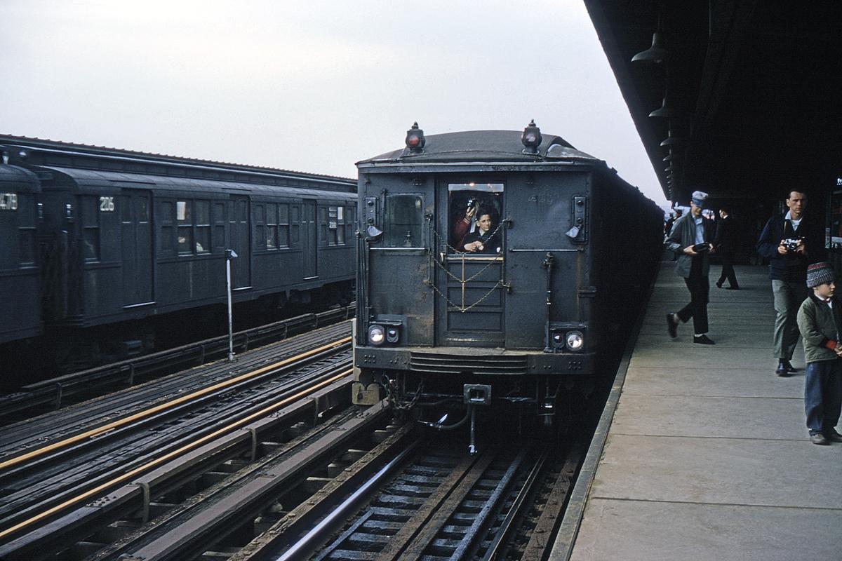 (484k, 1200x800)<br><b>Country:</b> United States<br><b>City:</b> New York<br><b>System:</b> New York City Transit<br><b>Line:</b> BMT Culver Line<br><b>Location:</b> Bay Parkway (22nd Avenue)<br><b>Route:</b> Fan Trip<br><b>Car:</b> BMT Q 1619 <br><b>Collection of:</b> David Pirmann<br><b>Date:</b> 4/19/1964<br><b>Viewed (this week/total):</b> 0 / 3146