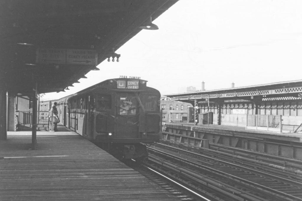 (178k, 1024x682)<br><b>Country:</b> United States<br><b>City:</b> New York<br><b>System:</b> New York City Transit<br><b>Line:</b> BMT Culver Line<br><b>Location:</b> Ditmas Avenue<br><b>Car:</b> R-1/R-9 Series  <br><b>Collection of:</b> David Pirmann<br><b>Viewed (this week/total):</b> 5 / 4151