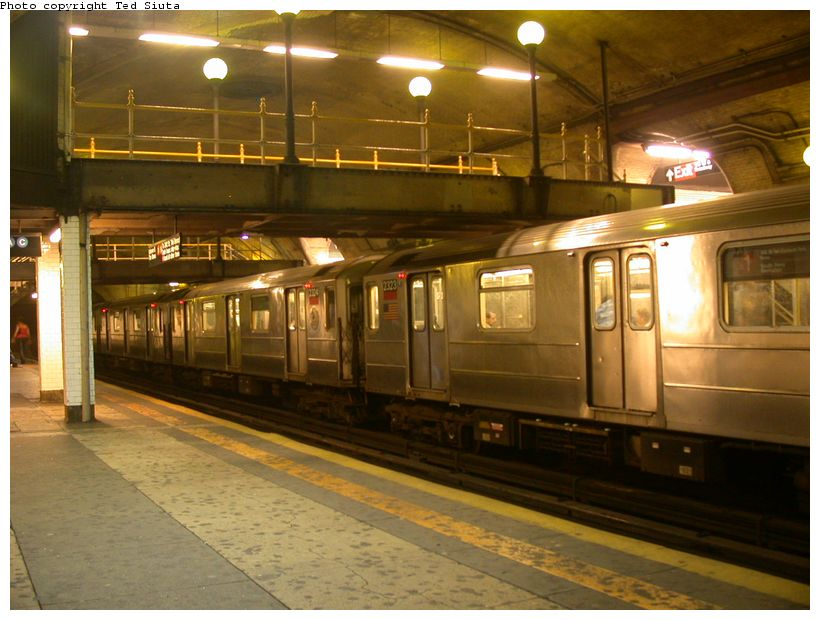 (119k, 820x620)<br><b>Country:</b> United States<br><b>City:</b> New York<br><b>System:</b> New York City Transit<br><b>Line:</b> IRT West Side Line<br><b>Location:</b> 168th Street<br><b>Route:</b> 1<br><b>Car:</b> R-62A (Bombardier, 1984-1987) 2323 <br><b>Photo by:</b> Ted Siuta<br><b>Date:</b> 8/17/2003<br><b>Viewed (this week/total):</b> 6 / 6229