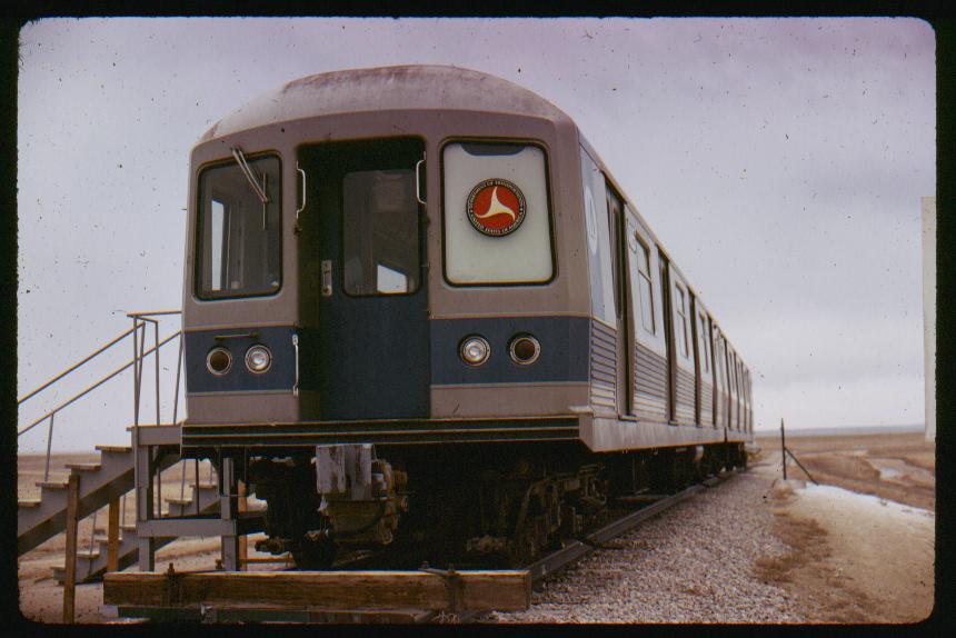 (381k, 860x574)<br><b>Country:</b> United States<br><b>City:</b> New York<br><b>System:</b> New York City Transit<br><b>Location:</b> US DOT Test Facility, Pueblo, Colorado<br><b>Car:</b> R-42 (St. Louis, 1969-1970) 4765 <br><b>Photo by:</b> Phil Hom<br><b>Date:</b> 1/1973<br><b>Viewed (this week/total):</b> 10 / 8110