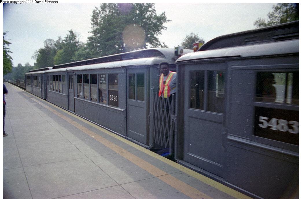 (158k, 1044x698)<br><b>Country:</b> United States<br><b>City:</b> New York<br><b>System:</b> New York City Transit<br><b>Line:</b> IRT Dyre Ave. Line<br><b>Location:</b> Baychester Avenue<br><b>Route:</b> Fan Trip<br><b>Car:</b> Low-V (Museum Train) 5290 <br><b>Photo by:</b> David Pirmann<br><b>Date:</b> 9/13/1998<br><b>Viewed (this week/total):</b> 3 / 3844