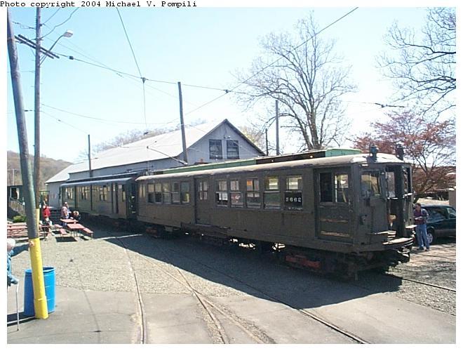 (85k, 660x500)<br><b>Country:</b> United States<br><b>City:</b> East Haven/Branford, Ct.<br><b>System:</b> Shore Line Trolley Museum<br><b>Car:</b> Hi-V 3662 <br><b>Photo by:</b> Michael Pompili<br><b>Date:</b> 4/28/2001<br><b>Viewed (this week/total):</b> 1 / 8844