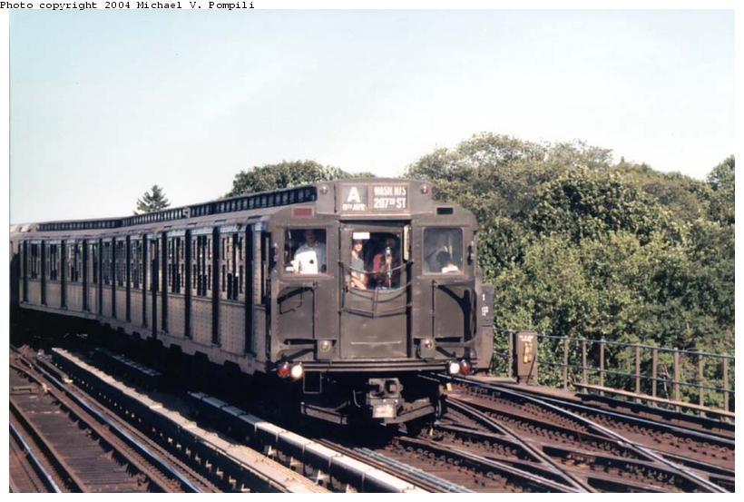 (90k, 820x553)<br><b>Country:</b> United States<br><b>City:</b> New York<br><b>System:</b> New York City Transit<br><b>Line:</b> IND Fulton Street Line<br><b>Location:</b> 80th Street-Hudson Street<br><b>Route:</b> Fan Trip<br><b>Car:</b> R-4 (American Car & Foundry, 1932-1933) 484 <br><b>Photo by:</b> Michael Pompili<br><b>Date:</b> 8/24/2003<br><b>Viewed (this week/total):</b> 2 / 3666