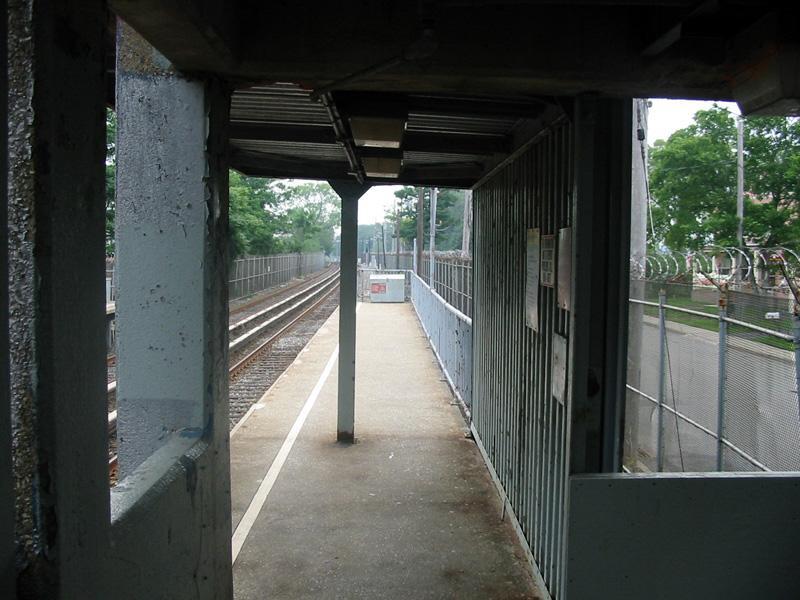 (105k, 800x600)<br><b>Country:</b> United States<br><b>City:</b> New York<br><b>System:</b> New York City Transit<br><b>Line:</b> SIRT<br><b>Location:</b> Atlantic<br><b>Photo by:</b> Christopher Rivera<br><b>Date:</b> 8/18/2003<br><b>Viewed (this week/total):</b> 0 / 4773