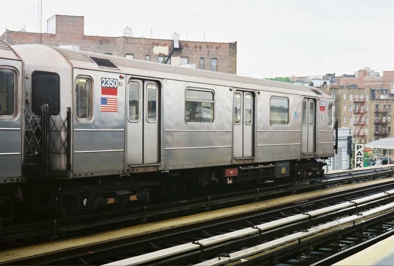 (65k, 800x540)<br><b>Country:</b> United States<br><b>City:</b> New York<br><b>System:</b> New York City Transit<br><b>Line:</b> IRT West Side Line<br><b>Location:</b> 207th Street<br><b>Route:</b> 1<br><b>Car:</b> R-62A (Bombardier, 1984-1987) 2350 <br><b>Photo by:</b> Gary Chatterton<br><b>Date:</b> 5/1/2005<br><b>Viewed (this week/total):</b> 0 / 3568