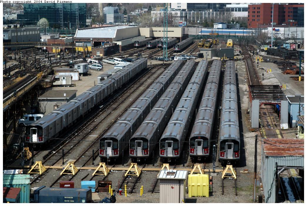(208k, 1044x701)<br><b>Country:</b> United States<br><b>City:</b> New York<br><b>System:</b> New York City Transit<br><b>Location:</b> Westchester Yard<br><b>Photo by:</b> David Pirmann<br><b>Date:</b> 4/17/2004<br><b>Viewed (this week/total):</b> 0 / 5807
