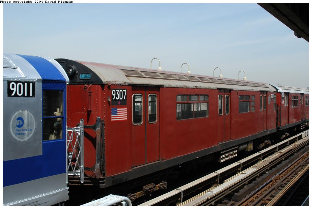 (139k, 1044x701)<br><b>Country:</b> United States<br><b>City:</b> New York<br><b>System:</b> New York City Transit<br><b>Line:</b> IRT Pelham Line<br><b>Location:</b> Westchester Square<br><b>Route:</b> Fan Trip<br><b>Car:</b> R-33 World's Fair (St. Louis, 1963-64) 9307 <br><b>Photo by:</b> David Pirmann<br><b>Date:</b> 4/17/2004<br><b>Viewed (this week/total):</b> 0 / 3867