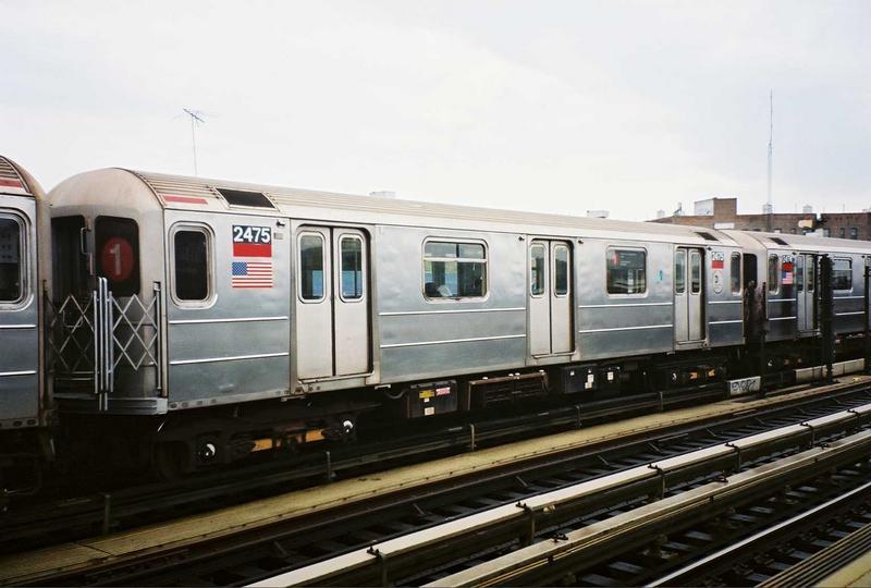 (59k, 800x540)<br><b>Country:</b> United States<br><b>City:</b> New York<br><b>System:</b> New York City Transit<br><b>Line:</b> IRT West Side Line<br><b>Location:</b> 207th Street<br><b>Route:</b> 1<br><b>Car:</b> R-62A (Bombardier, 1984-1987) 2475 <br><b>Photo by:</b> Gary Chatterton<br><b>Date:</b> 5/1/2005<br><b>Viewed (this week/total):</b> 0 / 5750