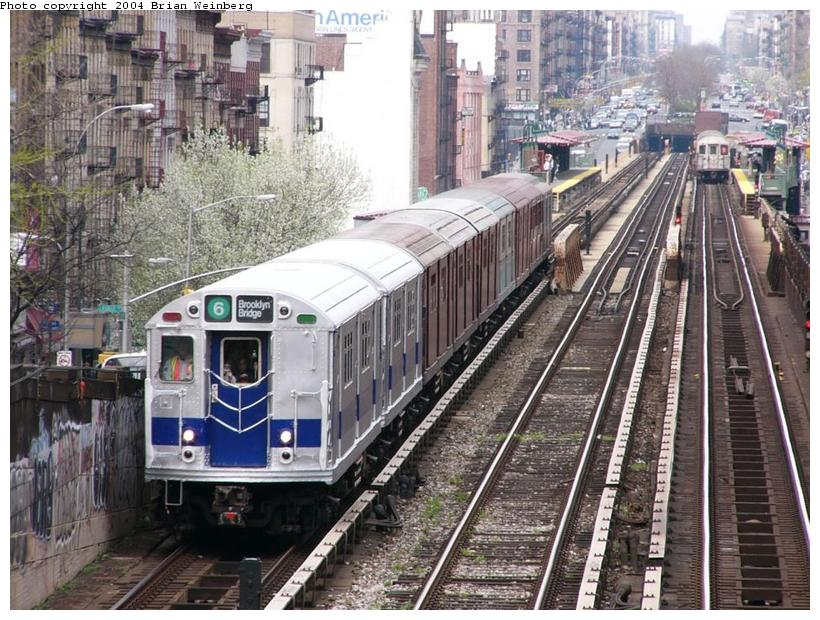 (129k, 820x620)<br><b>Country:</b> United States<br><b>City:</b> New York<br><b>System:</b> New York City Transit<br><b>Line:</b> IRT West Side Line<br><b>Location:</b> 125th Street<br><b>Route:</b> Fan Trip<br><b>Car:</b> R-33 Main Line (St. Louis, 1962-63) 9010 <br><b>Photo by:</b> Brian Weinberg<br><b>Date:</b> 4/18/2004<br><b>Viewed (this week/total):</b> 4 / 5942