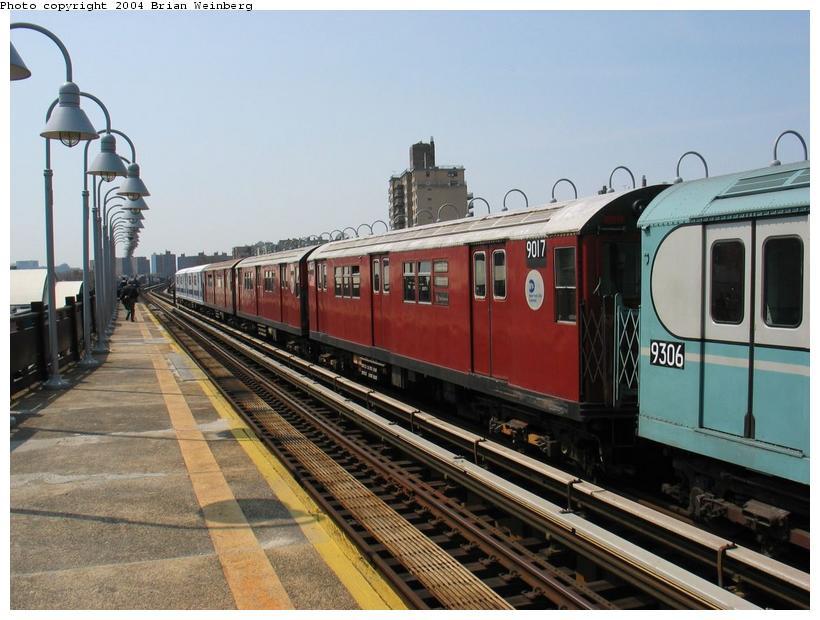 (87k, 820x620)<br><b>Country:</b> United States<br><b>City:</b> New York<br><b>System:</b> New York City Transit<br><b>Line:</b> IRT West Side Line<br><b>Location:</b> 238th Street<br><b>Route:</b> Fan Trip<br><b>Car:</b> R-33 Main Line (St. Louis, 1962-63) 9017 <br><b>Photo by:</b> Brian Weinberg<br><b>Date:</b> 4/18/2004<br><b>Viewed (this week/total):</b> 1 / 2497