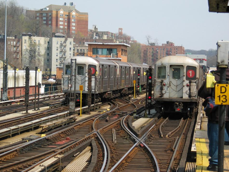 (139k, 950x713)<br><b>Country:</b> United States<br><b>City:</b> New York<br><b>System:</b> New York City Transit<br><b>Line:</b> IRT West Side Line<br><b>Location:</b> 238th Street<br><b>Route:</b> 1<br><b>Car:</b> R-62A (Bombardier, 1984-1987)  <br><b>Photo by:</b> David of Broadway<br><b>Date:</b> 4/18/2004<br><b>Viewed (this week/total):</b> 1 / 5622