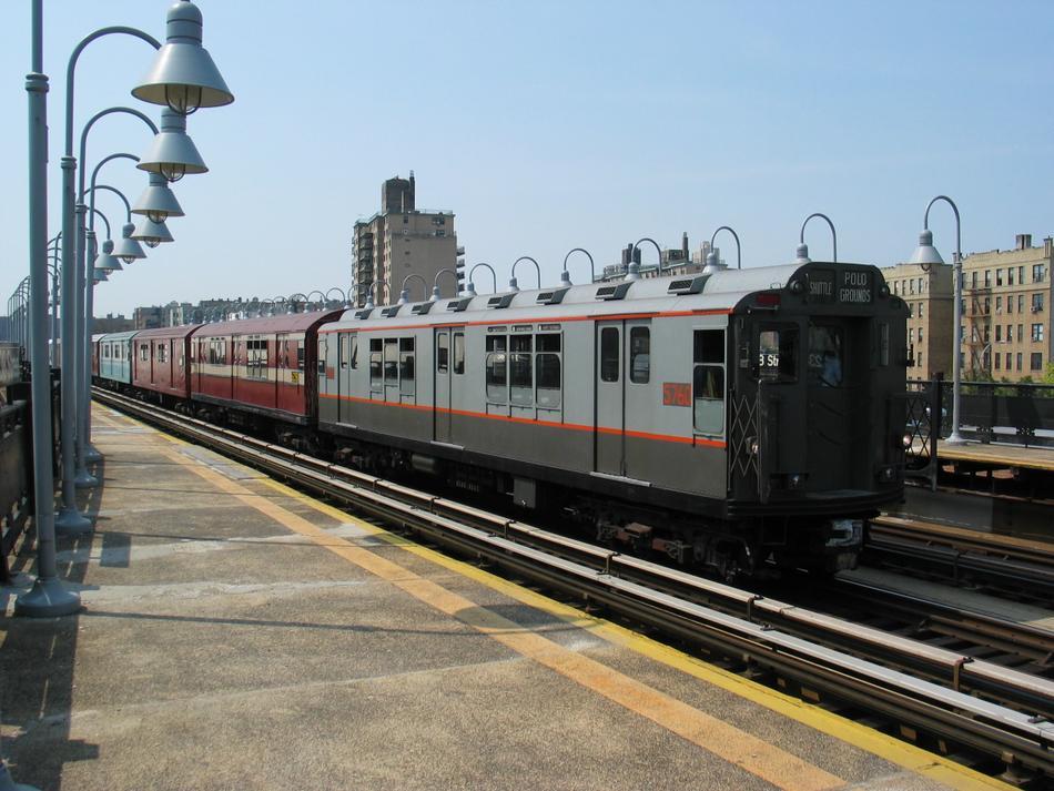 (107k, 950x713)<br><b>Country:</b> United States<br><b>City:</b> New York<br><b>System:</b> New York City Transit<br><b>Line:</b> IRT West Side Line<br><b>Location:</b> 238th Street<br><b>Route:</b> Fan Trip<br><b>Car:</b> R-12 (American Car & Foundry, 1948) 5760 <br><b>Photo by:</b> David of Broadway<br><b>Date:</b> 4/18/2004<br><b>Viewed (this week/total):</b> 2 / 2937