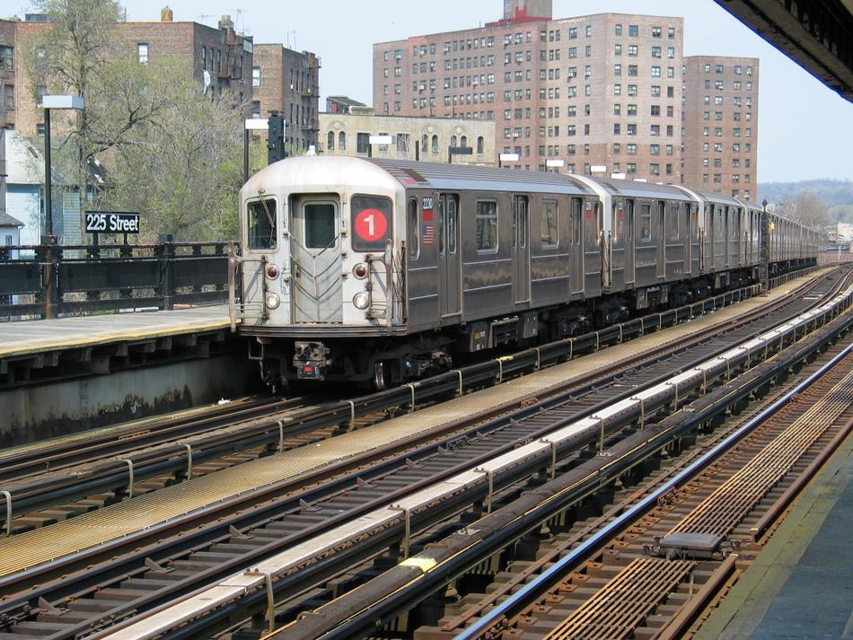 (162k, 950x713)<br><b>Country:</b> United States<br><b>City:</b> New York<br><b>System:</b> New York City Transit<br><b>Line:</b> IRT West Side Line<br><b>Location:</b> 225th Street<br><b>Route:</b> 1<br><b>Car:</b> R-62A (Bombardier, 1984-1987) 2230 <br><b>Photo by:</b> David of Broadway<br><b>Date:</b> 4/18/2004<br><b>Viewed (this week/total):</b> 2 / 4494