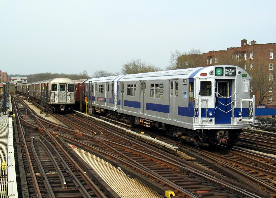 (108k, 950x681)<br><b>Country:</b> United States<br><b>City:</b> New York<br><b>System:</b> New York City Transit<br><b>Line:</b> IRT West Side Line<br><b>Location:</b> 238th Street<br><b>Route:</b> Fan Trip<br><b>Car:</b> R-33 Main Line (St. Louis, 1962-63) 9010 <br><b>Photo by:</b> David of Broadway<br><b>Date:</b> 4/18/2004<br><b>Viewed (this week/total):</b> 0 / 3879