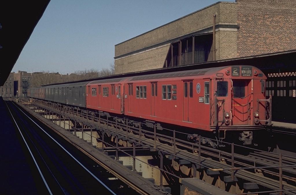 (181k, 1024x675)<br><b>Country:</b> United States<br><b>City:</b> New York<br><b>System:</b> New York City Transit<br><b>Line:</b> IRT Brooklyn Line<br><b>Location:</b> Saratoga Avenue<br><b>Route:</b> 2<br><b>Car:</b> R-33 Main Line (St. Louis, 1962-63) 8887 <br><b>Photo by:</b> Joe Testagrose<br><b>Date:</b> 4/25/1970<br><b>Viewed (this week/total):</b> 0 / 5598