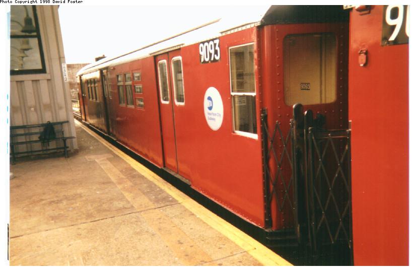 (129k, 824x538)<br><b>Country:</b> United States<br><b>City:</b> New York<br><b>System:</b> New York City Transit<br><b>Line:</b> IRT White Plains Road Line<br><b>Location:</b> 238th Street (Nereid Avenue)<br><b>Route:</b> 2<br><b>Car:</b> R-33 Main Line (St. Louis, 1962-63) 9093 <br><b>Photo by:</b> David Foster<br><b>Date:</b> 1998<br><b>Viewed (this week/total):</b> 2 / 5625
