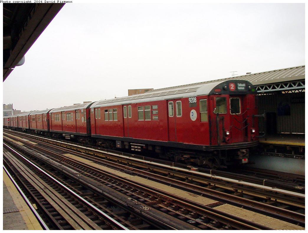 (123k, 1044x788)<br><b>Country:</b> United States<br><b>City:</b> New York<br><b>System:</b> New York City Transit<br><b>Line:</b> IRT White Plains Road Line<br><b>Location:</b> Intervale Avenue<br><b>Route:</b> 2<br><b>Car:</b> R-33 Main Line (St. Louis, 1962-63) 9208 <br><b>Photo by:</b> David Pirmann<br><b>Date:</b> 7/29/2000<br><b>Viewed (this week/total):</b> 3 / 5496
