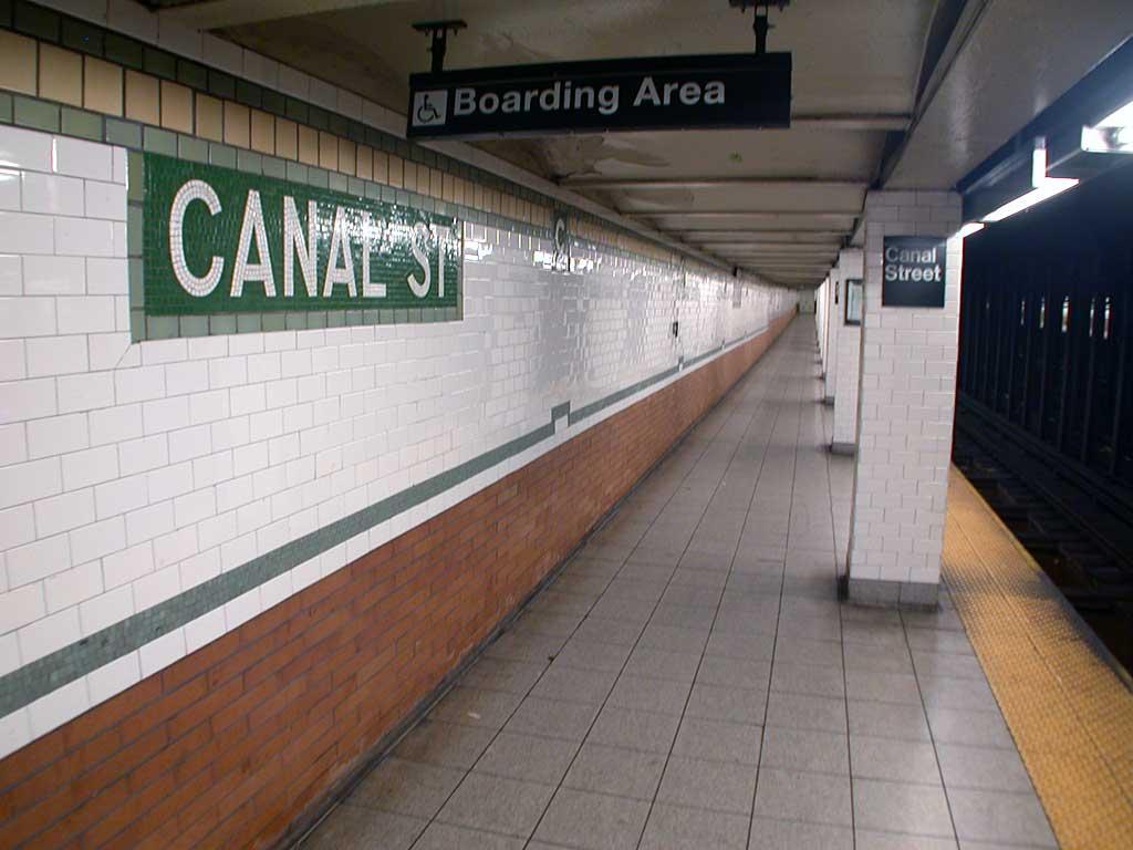 (64k, 1024x768)<br><b>Country:</b> United States<br><b>City:</b> New York<br><b>System:</b> New York City Transit<br><b>Line:</b> IRT East Side Line<br><b>Location:</b> Canal Street<br><b>Photo by:</b> Josh Lubchansky<br><b>Date:</b> 5/2004<br><b>Notes:</b> Platform view<br><b>Viewed (this week/total):</b> 0 / 4798
