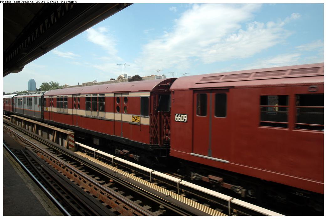 (140k, 1044x701)<br><b>Country:</b> United States<br><b>City:</b> New York<br><b>System:</b> New York City Transit<br><b>Line:</b> BMT Astoria Line<br><b>Location:</b> Broadway<br><b>Route:</b> Fan Trip<br><b>Car:</b> R-15 (American Car & Foundry, 1950) 6239 <br><b>Photo by:</b> David Pirmann<br><b>Date:</b> 6/19/2004<br><b>Viewed (this week/total):</b> 1 / 2619